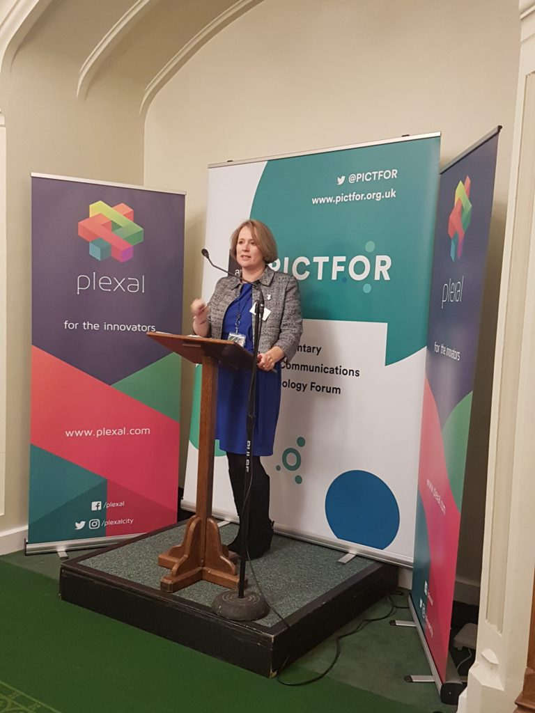 Vicky Ford MP presenting at the PICTFOR Diversity in Tech event